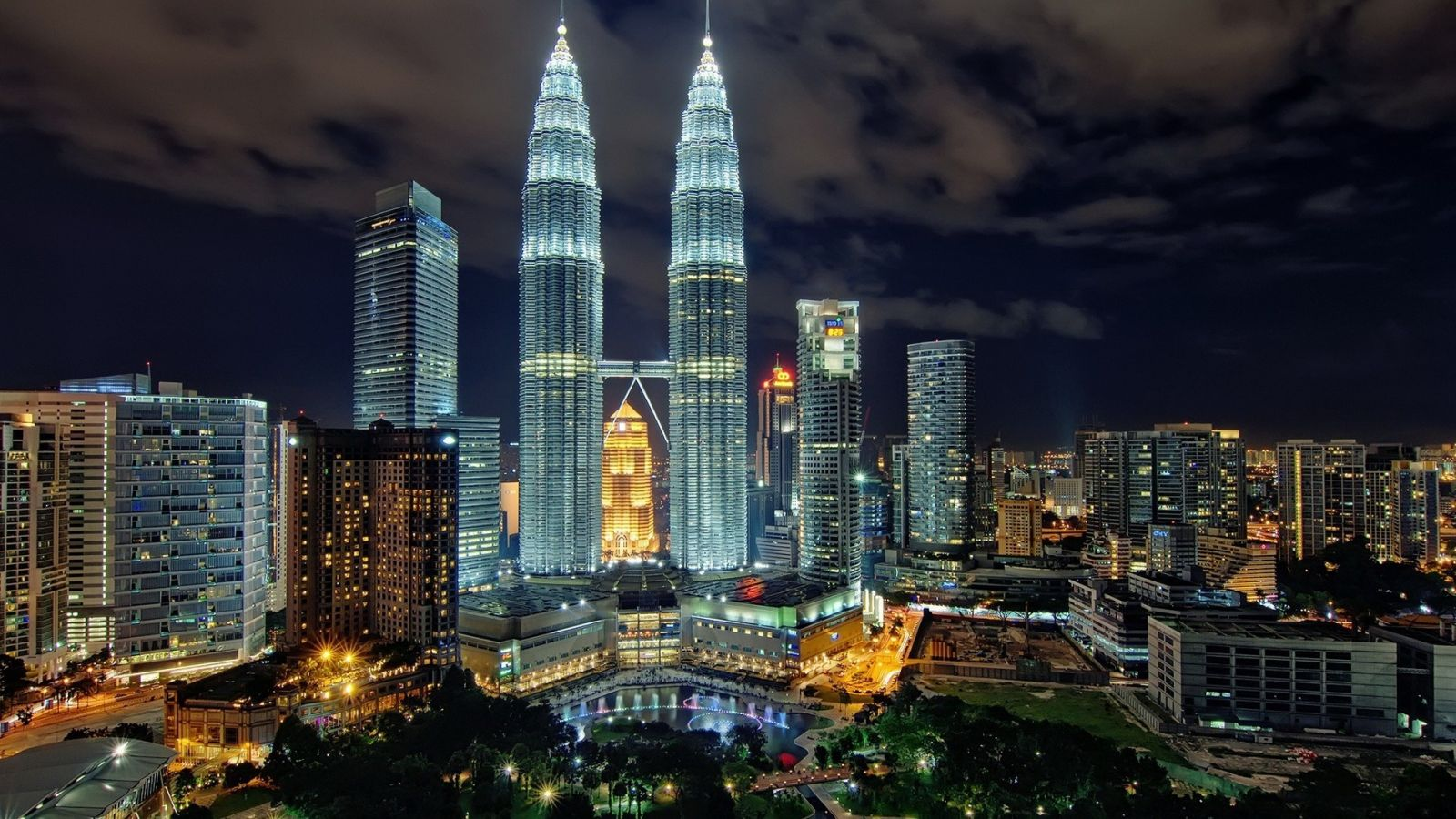 Một Hành Trình – Hai Điểm Đến: Malaysia – Singapore 6N5Đ